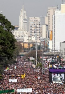 (photo courtesy Reuters, Paulo Whitaker)