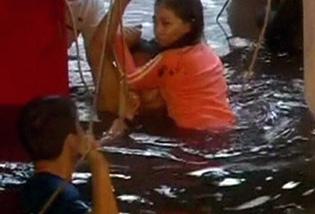 Flood victims struggle in Tacloban