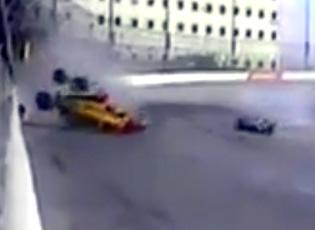 Hamilton's car comes apart