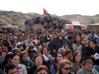 Iraqi Chaldean Christians flee into Jordan