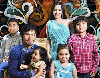 Manny, wife Jinkee, and their children