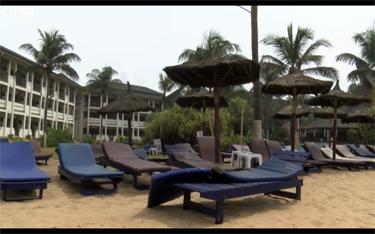 Beach resort attacked in Grand Bassam