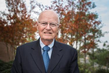 Dr. Robertson McQuilkin