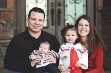 Matt and Melissa Graves and their children