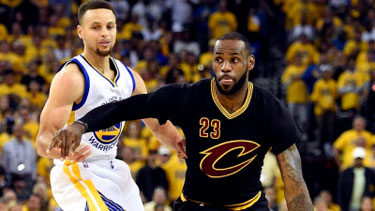 Cleveland Cavaliers forward LeBron James (23) drives to the basket against Golden State Warriors guard Stephen Curry during the first quarter in game seven of the NBA Finals Credit: Bob Donnan-USA TODAY Sports