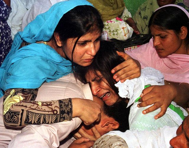 pakistani-christians-mourn