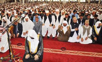 Imam leads Friday prayers at Faisal mosque