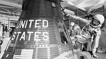 120217052709-john-glenn-1962-orbit-story-top