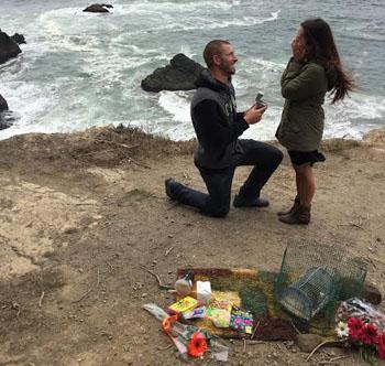 Justin proposing to Rachel
